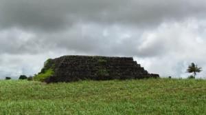 05-piramidi-mauritius