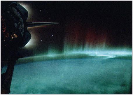 Figura 11: l'Aurora dallo spazio (NASA)