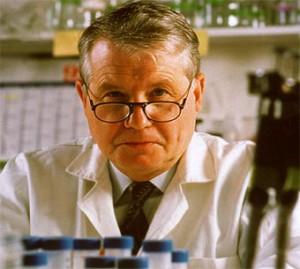 Il professor Luc Montagnier, che ha proseguito gli studi di Benveniste.