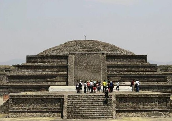 mexican-pyramid-teotihuacan