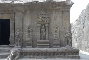 Ellora Caverna dei Dieci Avatar particolare retro