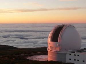 Una foto del William Herschel Telescope dove è stata sperimentata la PAUCam. Credit: wikimedia commons, CC BY-SA