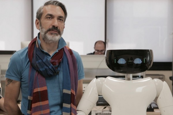r1- robot umanoide 2