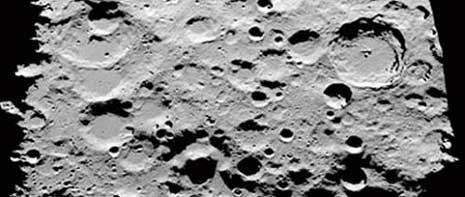 Bush contro gli Ufo: dalla base sulla Luna una guerra segreta