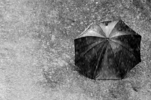 Jurg Keller: Non piove? Ionizziamo l'aria