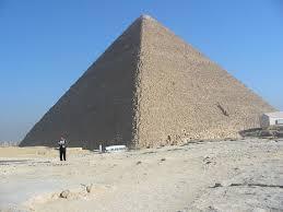 Test italiano studia l'enigma Piramide di Cheope