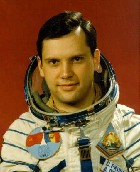 Un astronauta rumeno afferma che gli UFO esistono