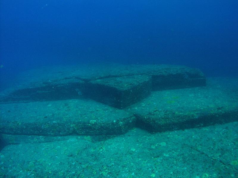 Le rovine sommerse di Yonaguni in Giappone