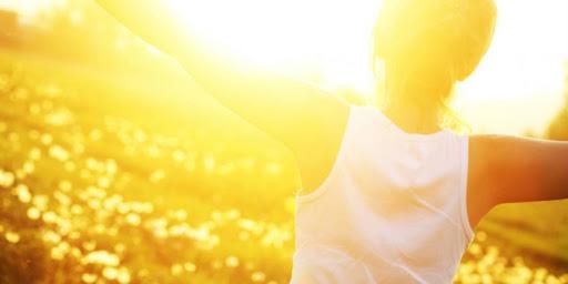 Luci LED per abituare gli occhi al sole (estivo!)