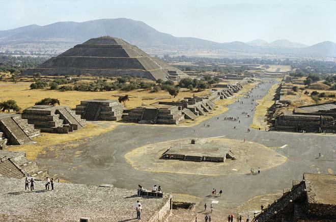 Scoperte tre possibili camere a Teotihuacan sotto la Piramide del Sole