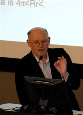 Dr. John C. Kasher fisico d'alto livello crede agli ufo e che ci abbiano visitato