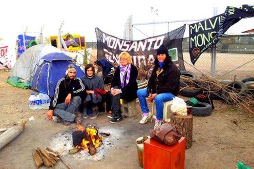 Argentina – Accampati da un anno contro Monsanto