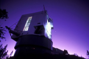 Il telescopio LBT in Arizona, di cui l'INAF è uno dei partner, utilizzato per studiare il quasar SDSS J0100+2802. Crediti: INAF – R. Cerisola
