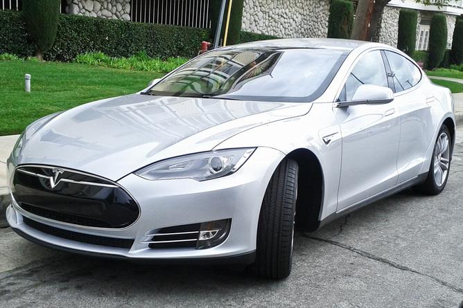 I veicoli del futuro: elettrici o a celle a combustibile?