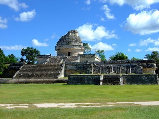 Vista osservatorio Chichen Itza Messico El Caracol