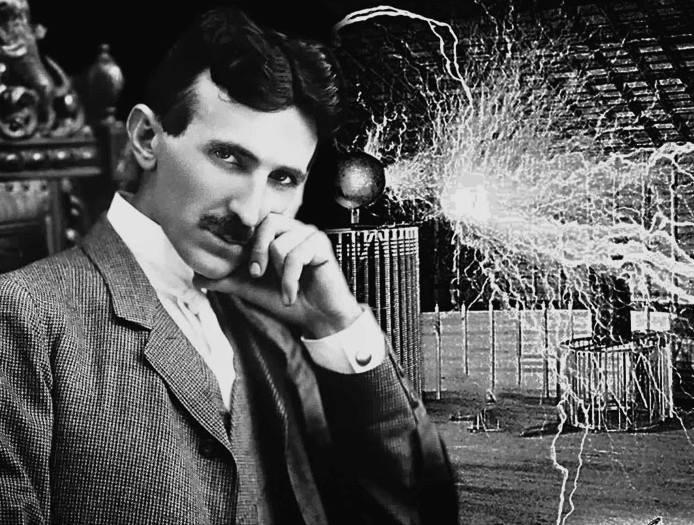 Intervista a Nikola Tesla, il mago elettrico