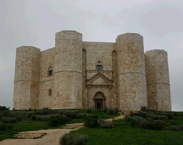 Castel del Monte, un Tempio Iniziatico?