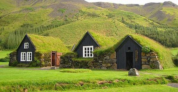 Islanda Turf House