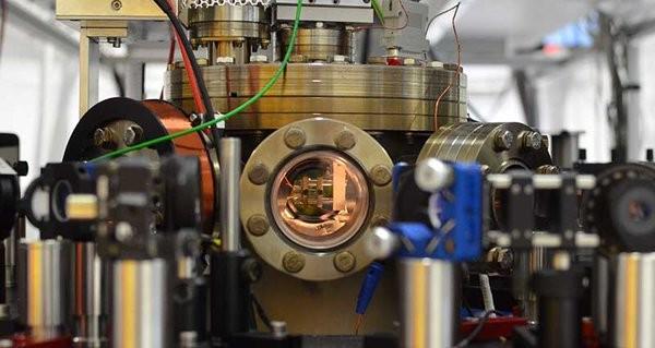 Primo ruggito per il motore a singolo atomo – L'obiettivo è il Nanomotore Termico