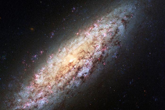 Legge universale per la rotazione delle galassie