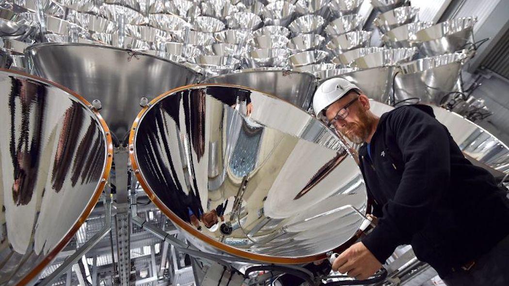 In Germania si accende un sole artificiale, per creare carburante pulito
