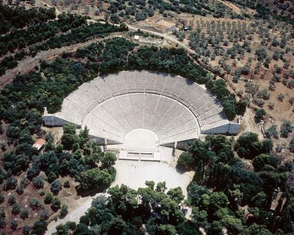 Svelato il segreto dell'eccezionale acustica del Teatro di Epidauro dell'Antica Grecia