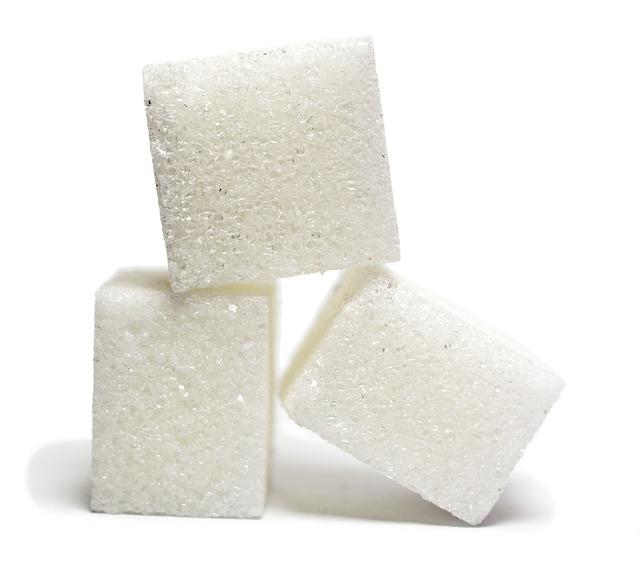 Cancro, lo zucchero fa 'crescere' i tumori: finalmente si è capito come